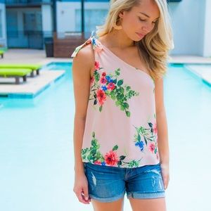 NWT- One shoulder floral top by olivaceous in XS